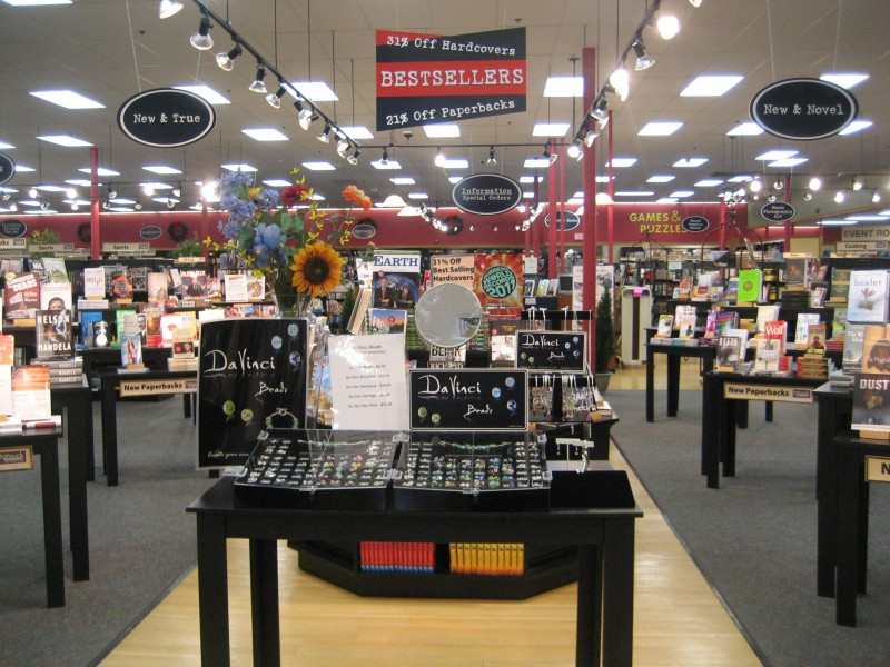 Tatnuck Booksellers Store.jpg
