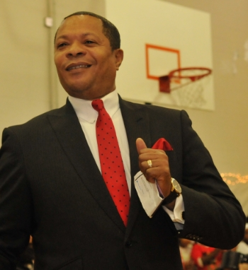 Rev. Dr. Les Mullings, CEO/Founder