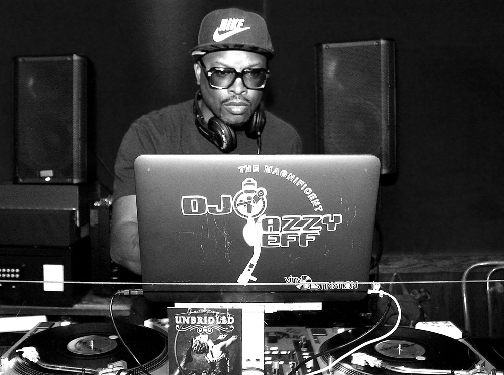 Producer and Co-Curator (with Questlove) for clients, Absolut and Flavorpill's Lunchbreak series Chicago. DJ Jazzy Jeff Performing.