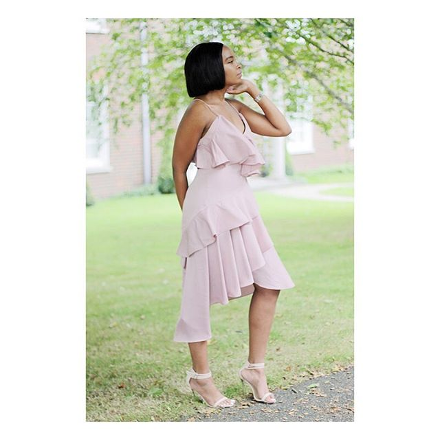 Have you been reading my 'dress for less edits' over on the blog?! I last featured this gorgeous blush beauty by @asos #asseenonme and I cannot wait to share more finds! Be sure to follow and subscribe ➰;)! #loveit #beautiful #dress #asos #fashion #style #blog #blogger #instagram #instafashion #instastyle #instagood #essiescloset #picoftheday #photooftheday #bestoftheday #ukblogger #london #kenyanblogger #africanblogger