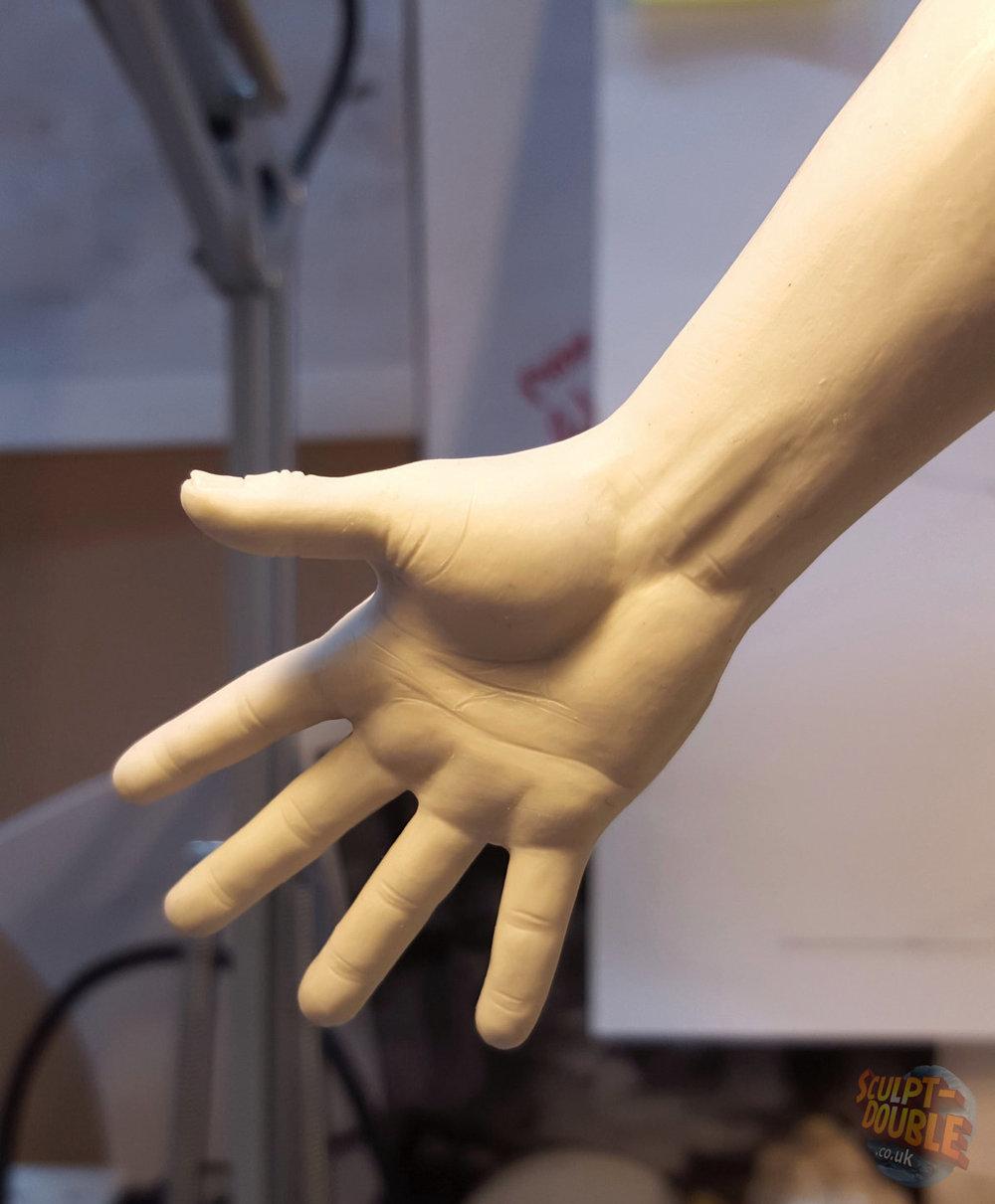 Mayo Kobayashi - Hand Sculpt