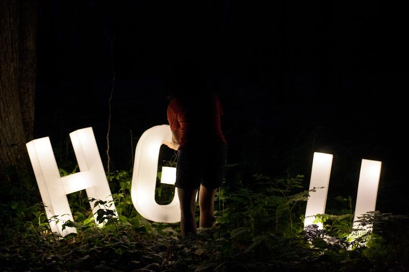 hug4-3_o.png