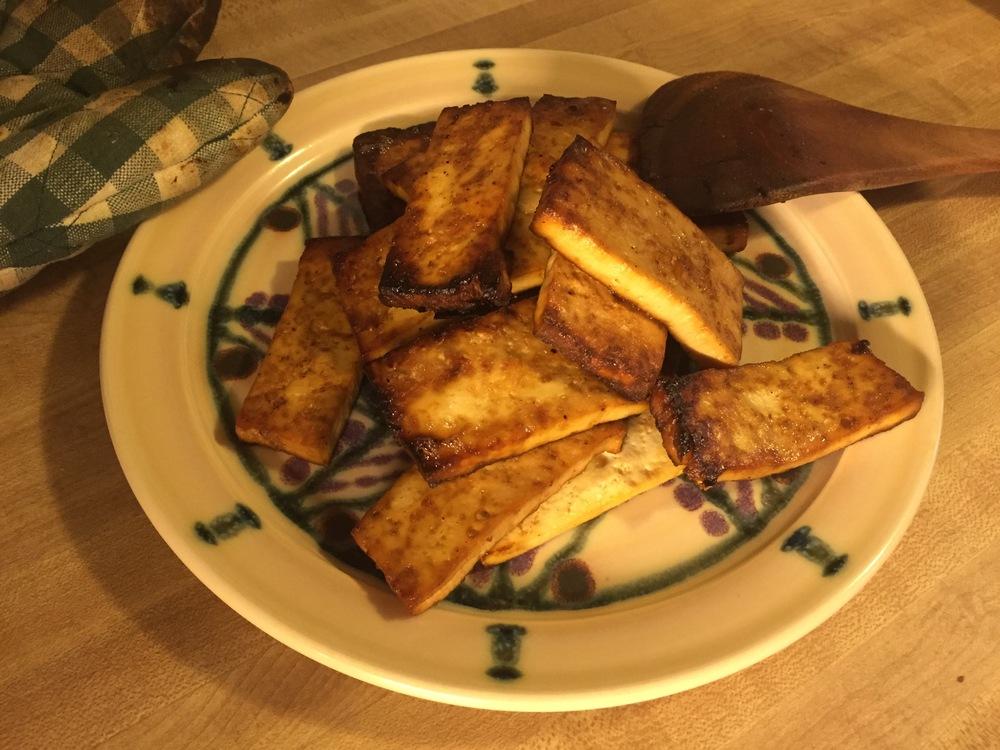 Finished tofu on a Vegan Potter Mandala Plate!