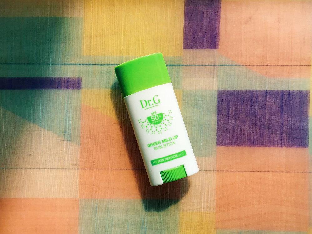 E5THESTORIES_Sunscreen-Sticks_DrG-1.JPG