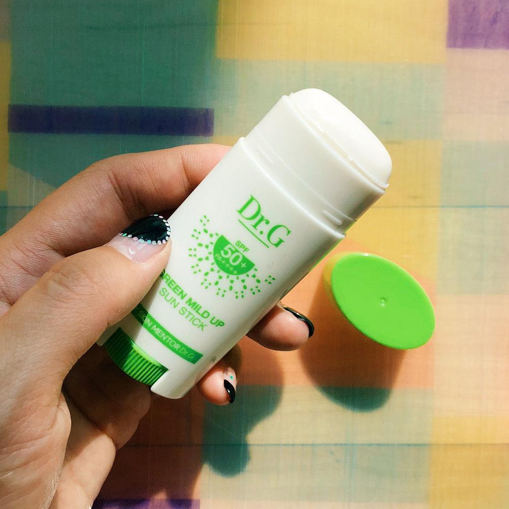 E5THESTORIES_Sunscreen-Sticks_DrG-3.JPG