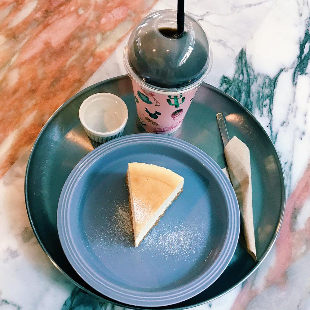 E5THESTORIES_SEOUL-REVIEWS_CAFE_ONEINAMILLION-1.JPG