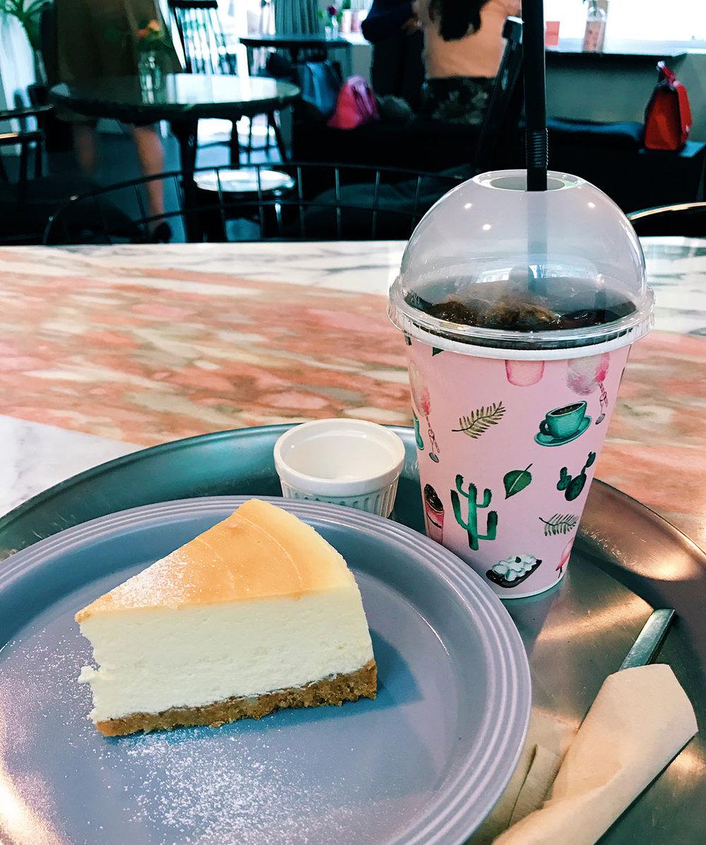 E5THESTORIES_SEOUL-REVIEWS_CAFE_ONEINAMILLION-3.JPG