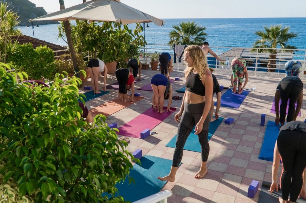 2017_Italy_YogaClass_Evening02__DSC00518_SM.jpg