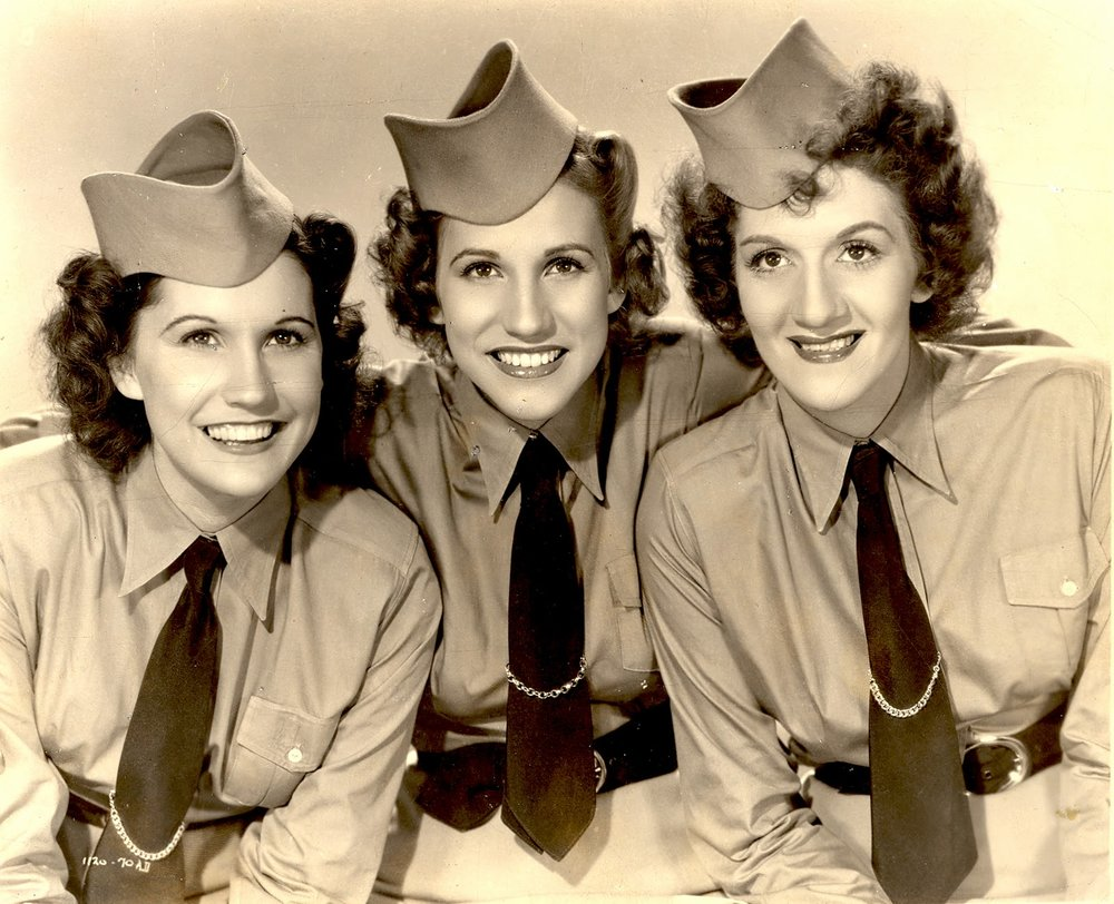 I'll Be Seeing You - The Andrews Sisters