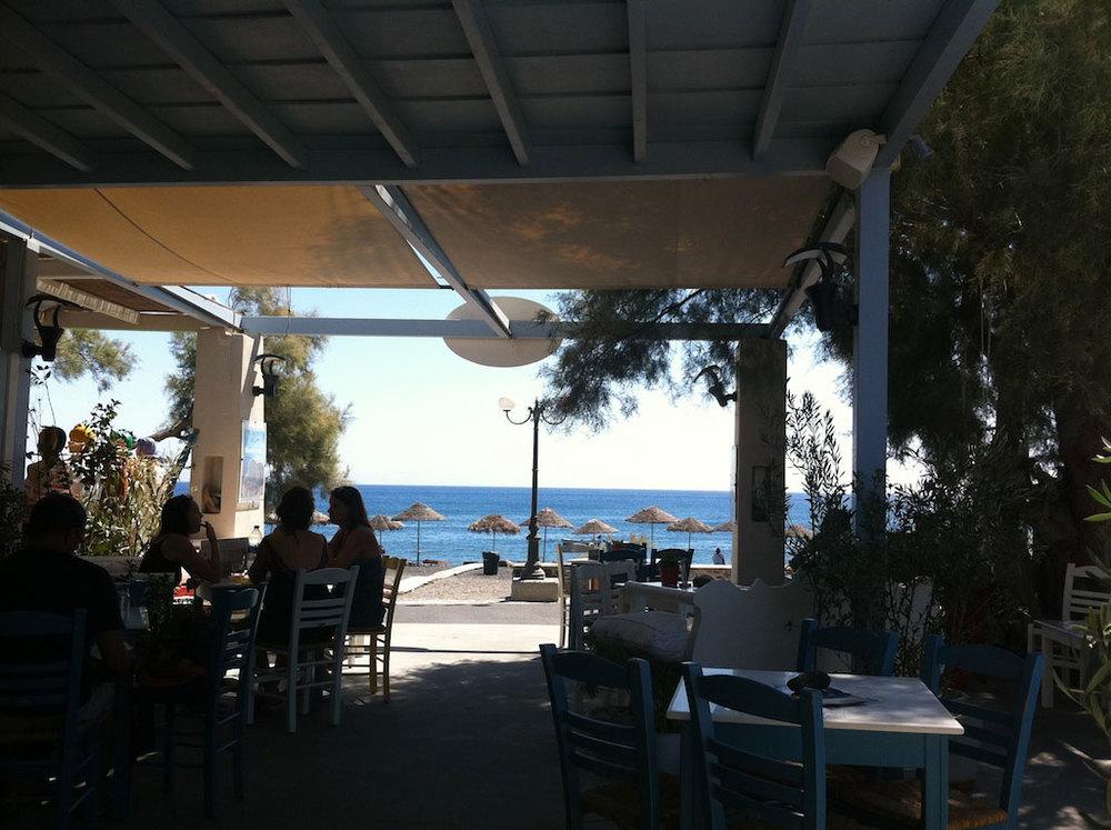 Santorini-5.jpg
