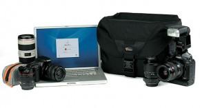 Lowepro-Stealth-Reporter-DSLR-Laptop-Bag-290x157