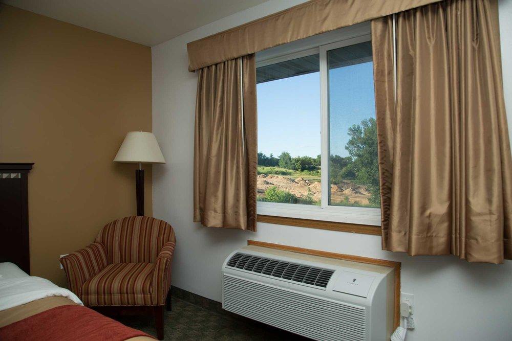 Comfort-Inn-Edgerton-9830.jpg