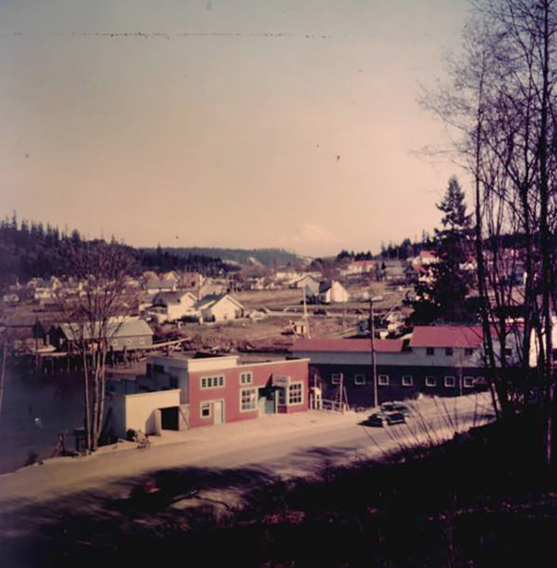 1951 Eddon Boatyard sm.jpg