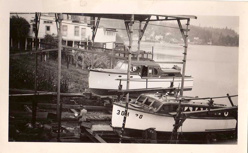 glein-boats-sm.jpg