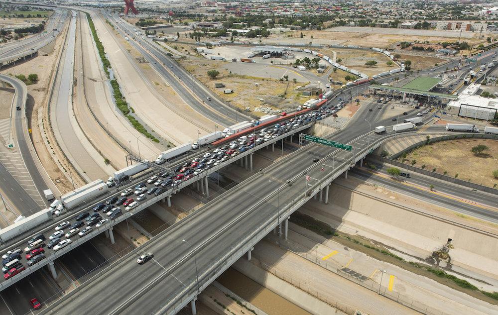 Bridge_of_the_Americas_El_Paso–Ciudad_Juárez_June_2016.jpg