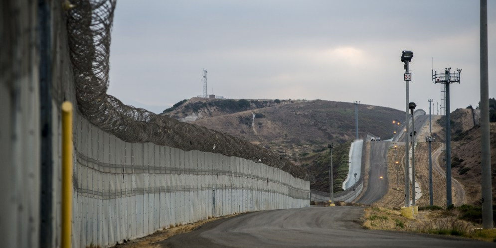 Border-Fencing-iNEWS_BQ_01.jpg
