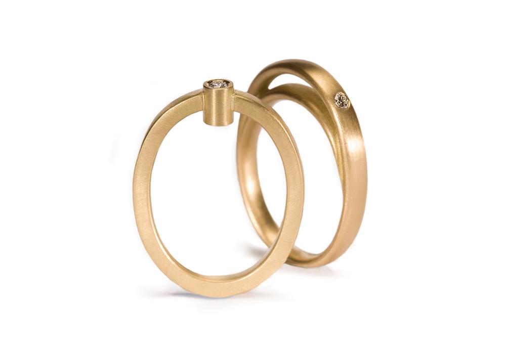 Kantet Amphora og Dobbel Oval ring.jpg