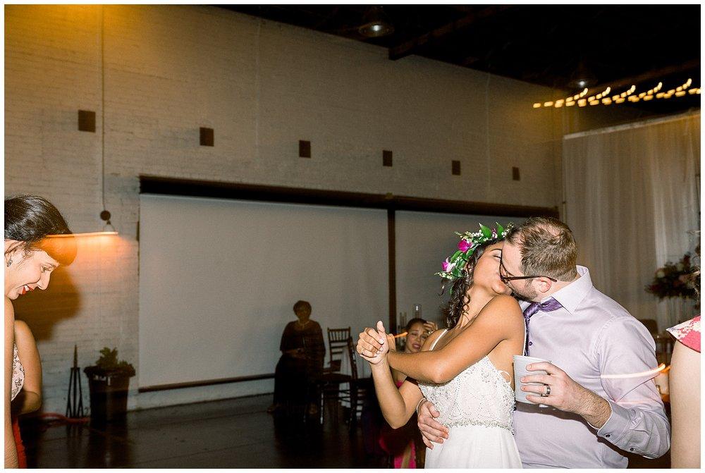 jessicafredericks_lakeland_tampa_wedding_purple_crazy hour_0108.jpg