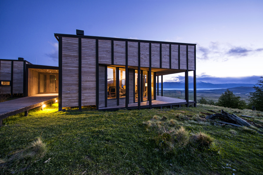 13992-Main%20Lodge%20Exteriors%20Awasi%20Patagonia%20%285%29-Large.jpg