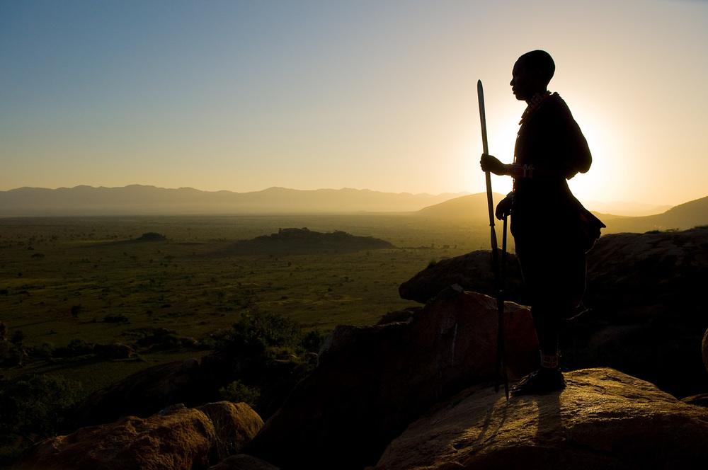 OlDonyoWuas_MaasaiSilouhetteMay2009.jpg