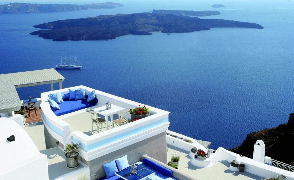PHOTOS BY: Iconic Santorini
