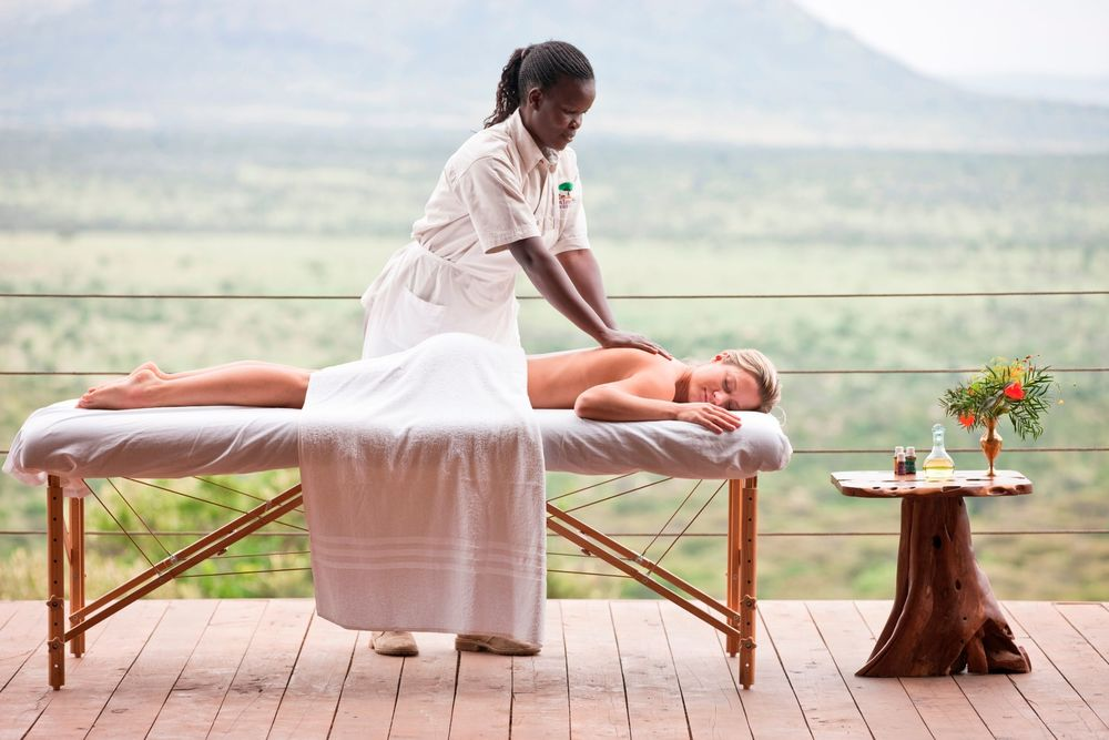 Cottar's - Massage.jpg