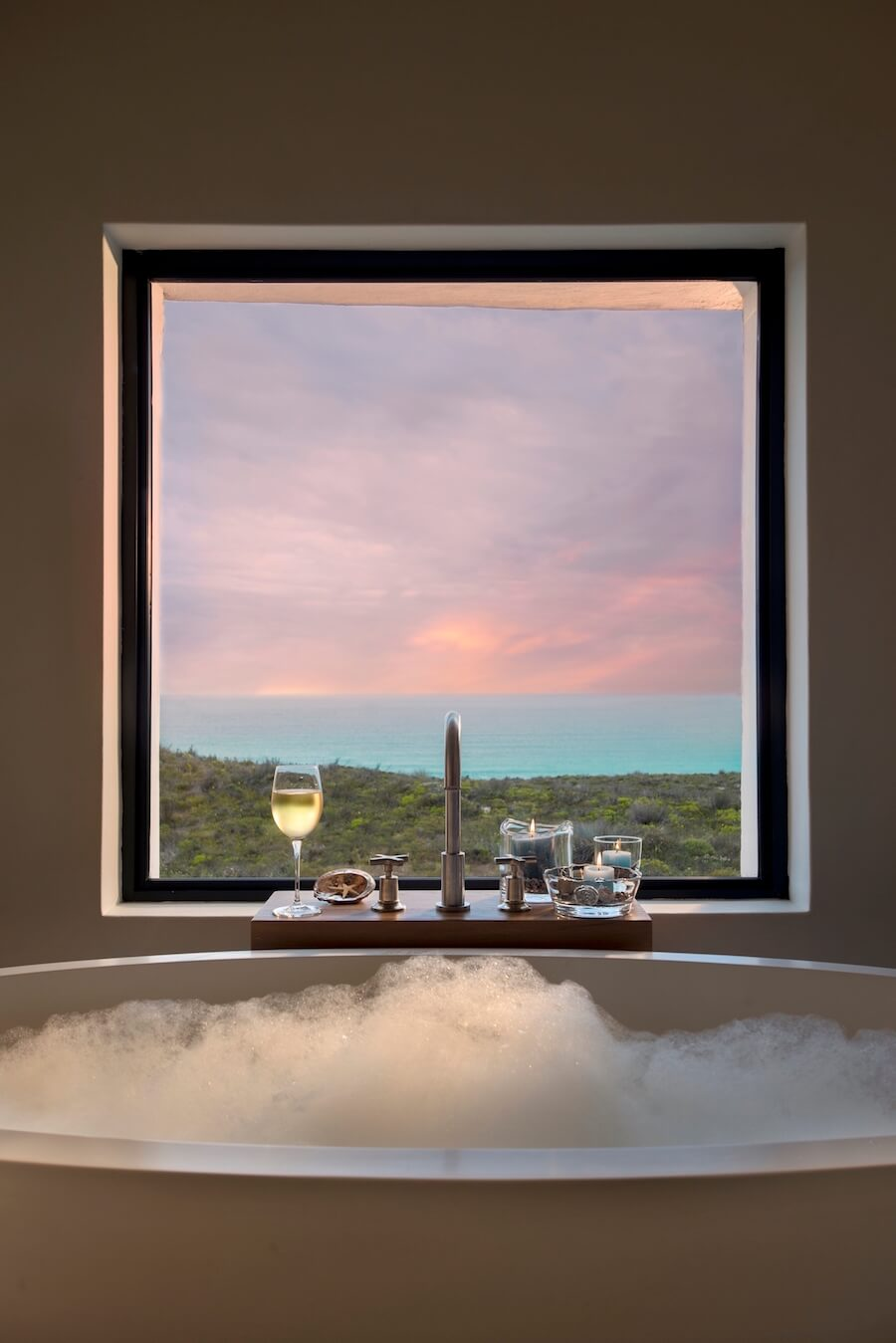 Morukuru Ocean House - bath with a view.JPG