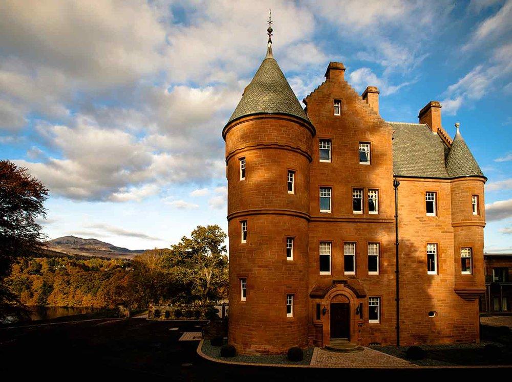 Fonab-Castle-Pitlochry.jpg