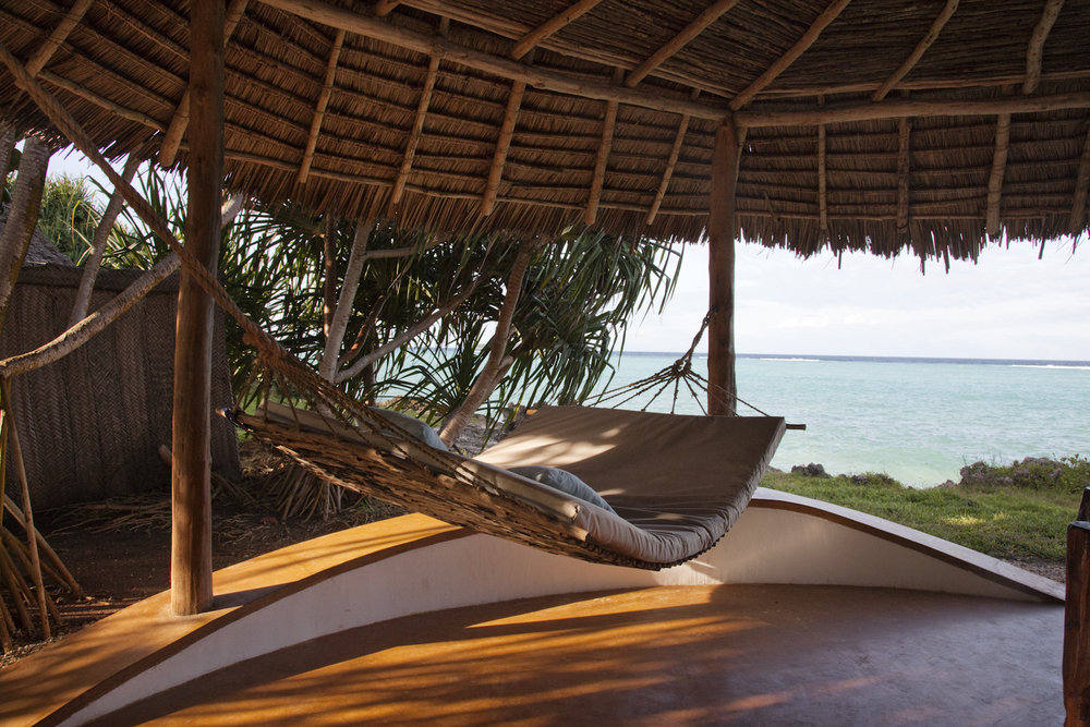 Matemwe-Lodge-accommodation-bungalow-hammock-3.jpg