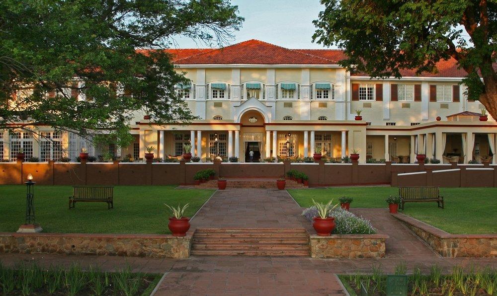 the-victoria-falls-hotel-victoria-falls-zimbabwe-safari.jpg