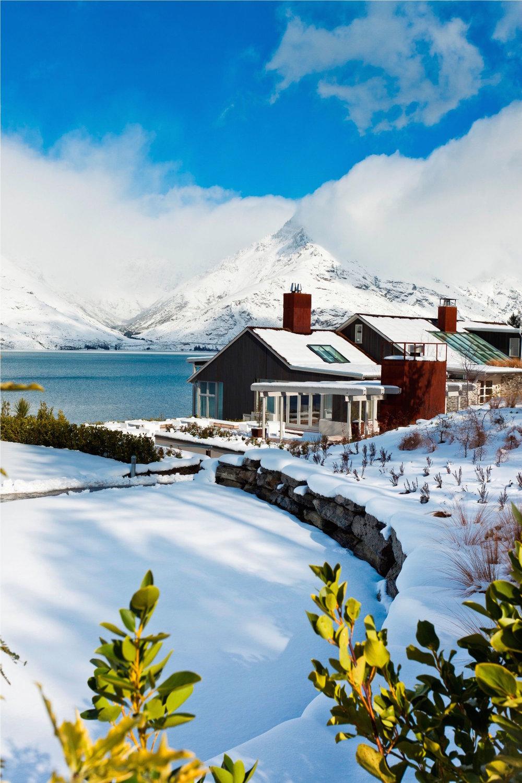 Winter-at-Matakauri-Lodge.jpg