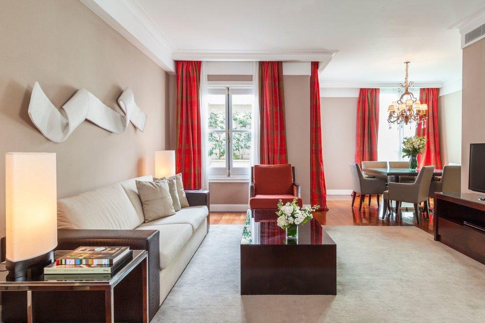 Livingroom - Boudoir Suite.jpg