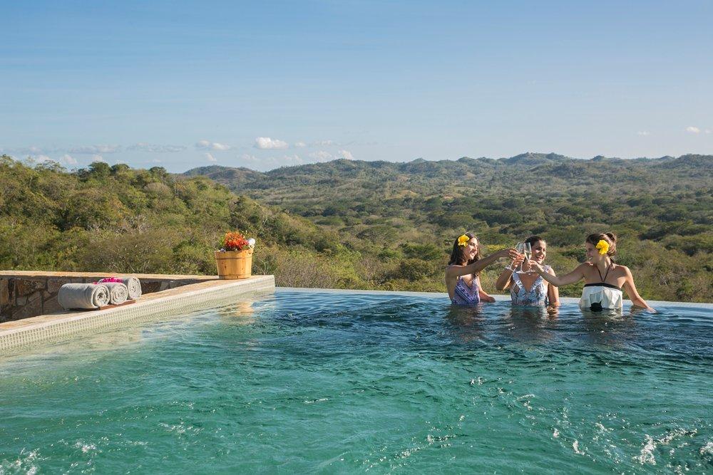 Infinity pool residence 2.jpg