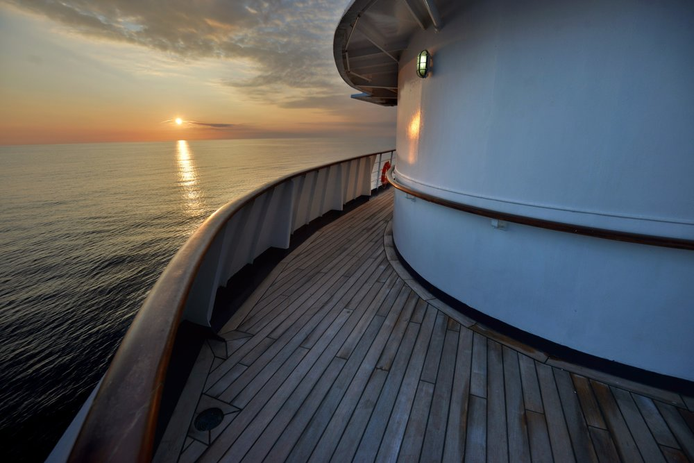 Polar Latitudes_Promenade Deck Sunset Heb Sky (8)_Original_16093.jpg