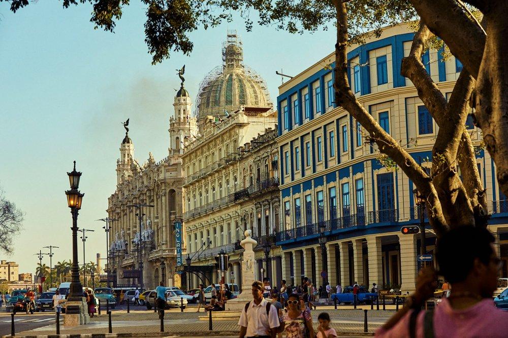 CUBA_CANDELA_OLD_HAVANA_EL_CAPITOLIO.jpg