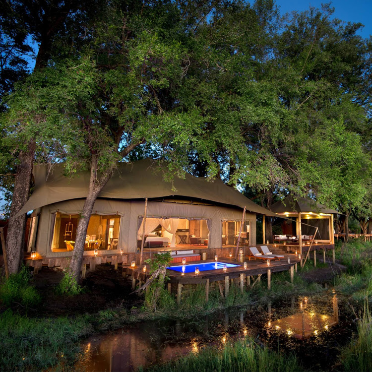 Duba Plains Camp | Botswana