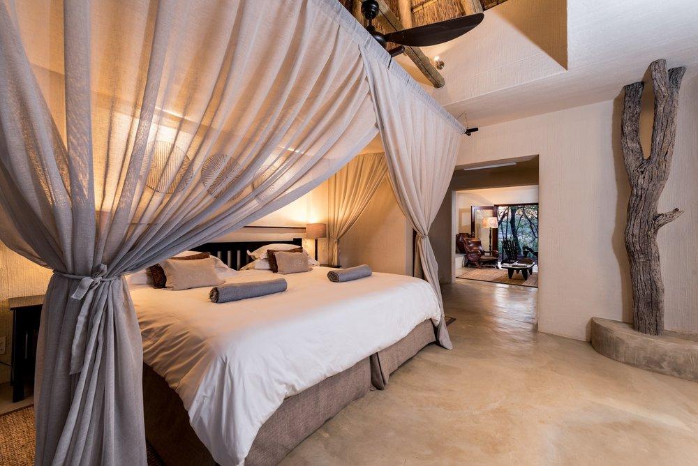 bush_lodge_luxury_suite.jpg
