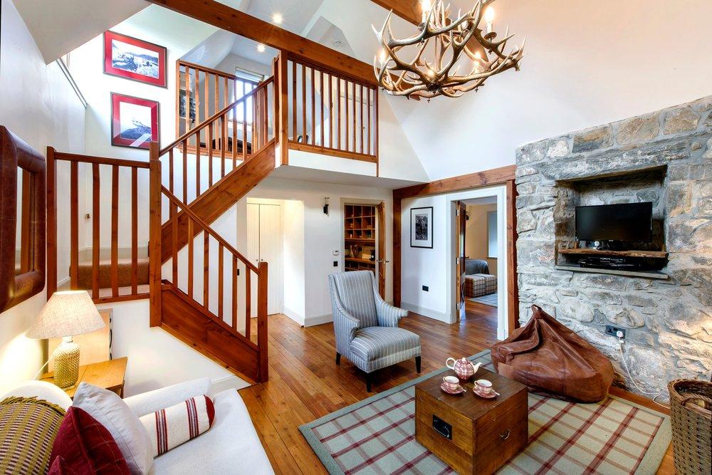 Ghillie's Rest_living room_Pete Helme1.jpg
