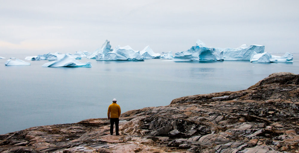 Greenland-Jeff-overlooking-icebergs-from-Isotorq.JPG_.jpg