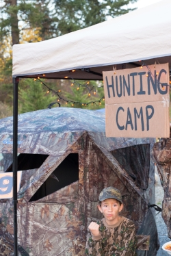 2ND PLACE GOES TO HUNTING CAMP: mIKE AND CRISSY HOBBS