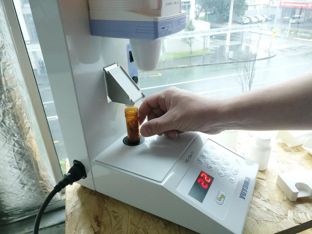 pharmacy dispenser design