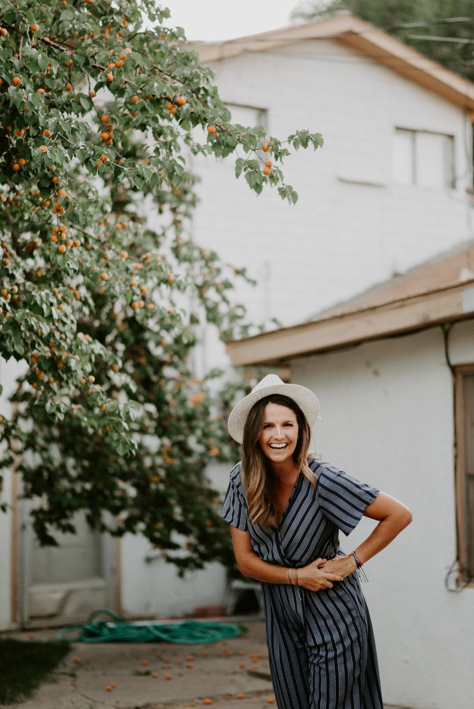 our list of vendors include… - AMANDA FROST BEAUTYTRISH GULLSBROOKE RICHARDSON PHOTOGRAPHYALLY MUNNSCARLIE STYLEZ LIPSENSETERRA MOONLINDEN HOUSE WREATHSand many more!