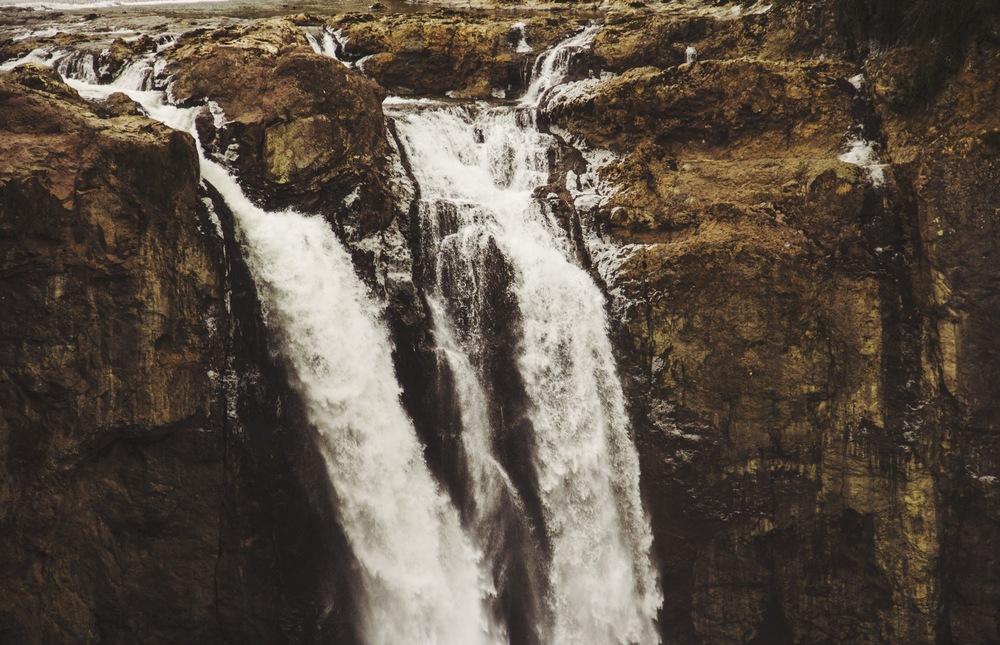 waterfalltop.jpg