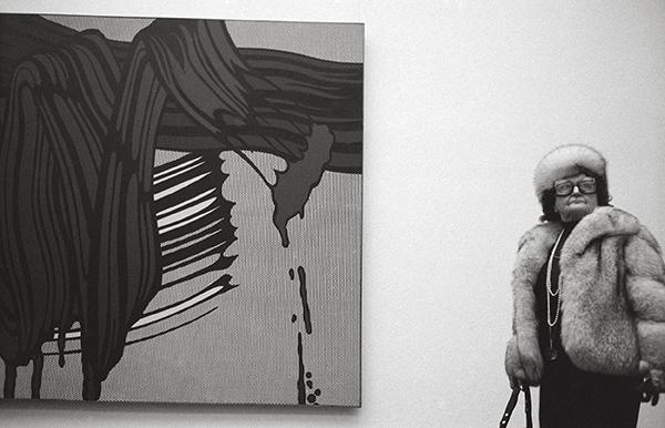 Von Picasso bis Liechtenstein 1979. Ausstellung in der Villa Hügel in Essen. Wie so oft kommen auch die Besucher in eigenen, anspruchsvollen Kreationen, die dem Rang des Hauses entsprechen.