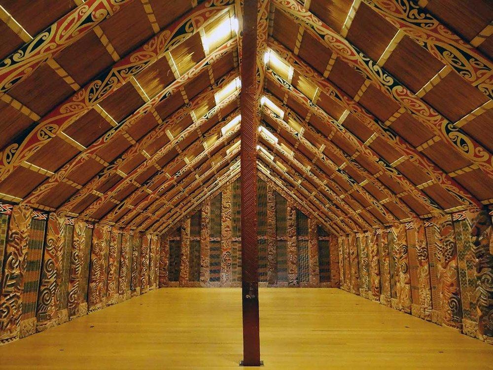 Marae o casa comunal, Museo de Auckland.