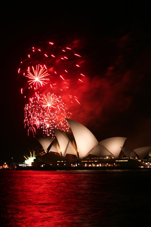 Sydney Opera House Fireworks   Reid Burchell Photography