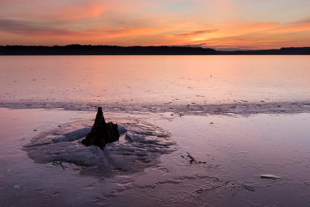 Winter Sunrise, Round Lake | Reid Burchell Photography