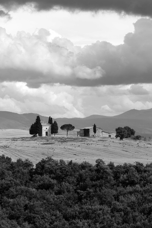 Vitaleta Chapel, Tuscany, Italy | Reid Burchell Photography