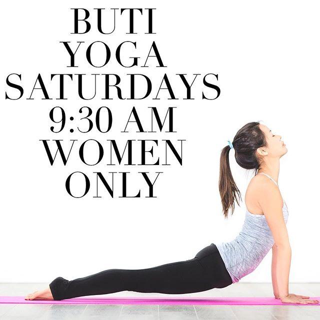 TOMORROW with @saucy_yogi !!! 🤟💥🧘♀️🤸🏽♀️ #womenonly #whoscoming?!