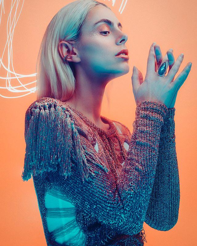 Lucy shot by @jakehicksphotography wearing Korlekie🙌🏾👌🏾😍😘 #cmodelmanagement #cmodelmgmt #beauty #femalemodel #korlekie #jakehicksphotography #gorgeous #fashionshoot www.cmodelmgmt.com/l-cates